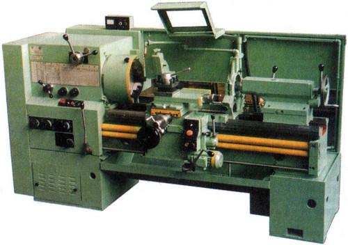 Токарно-винторезный станок 16Р25П